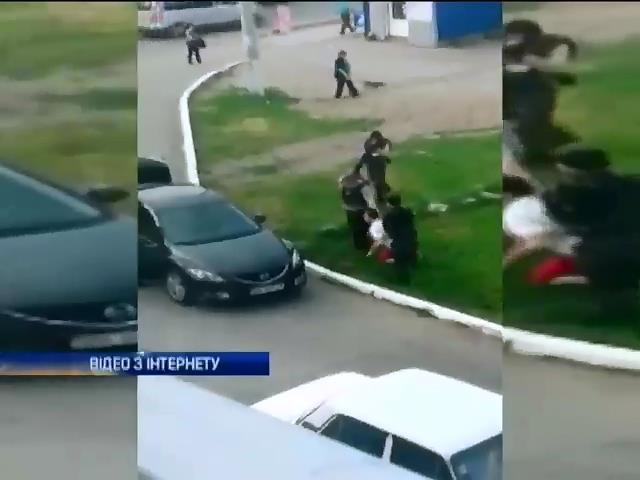 В Сети появилась запись похищения человека террористами в Луганске (видео) (видео)