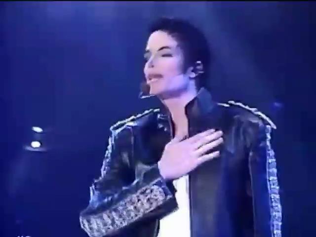 Мир в кадре: В Лас-Вегасе собираются воскресить Майкла Джексона (видео)