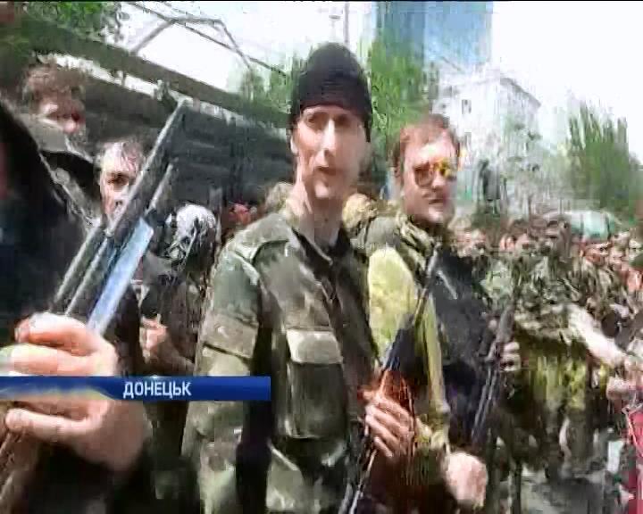 Сепаратисты сорвали выборы в Донецке и Луганске (видео)