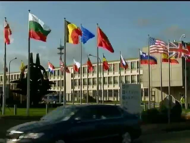 В НАТО готовы помогать Украине в мирном решении конфликта на востоке страны (видео)