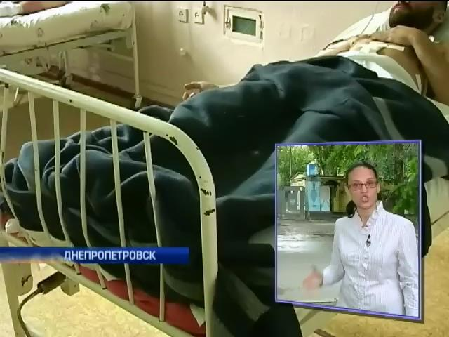 Раненных под Красным Лиманом бойцов привезли в госпиталь Днепропетровска (видео)