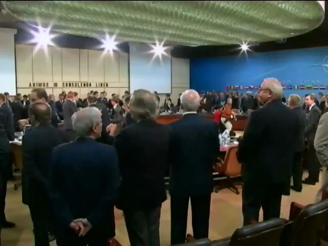 НАТО створить трастовий фонд для допомоги Украiнi (видео)
