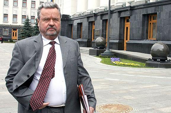 На похороны Плюща пришли Кучма, Ющенко, Рыбак и даже Ахметов (видео) (видео)