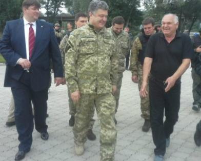 Порошенко утвердил план освобождения Донбасса