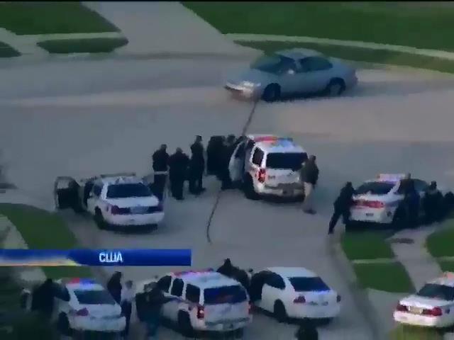 Шестеро людей стали жертвами стрiльби у Техасi (видео)