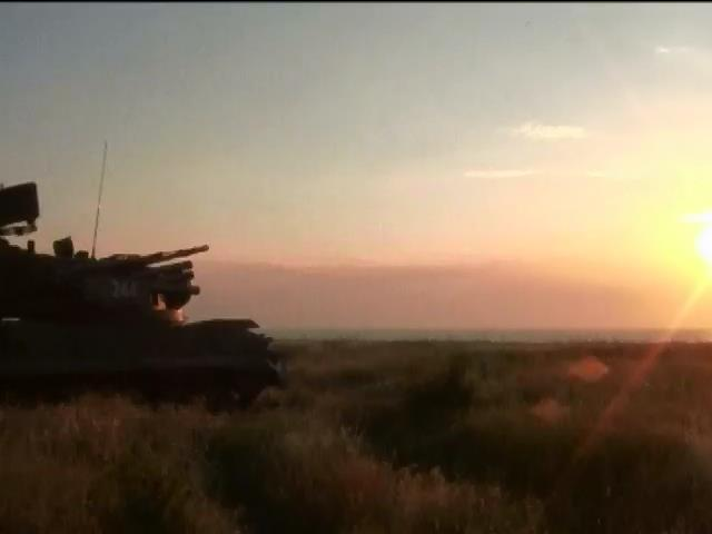 Возле украинских границ Россия продолжает проводить военные учения (видео)