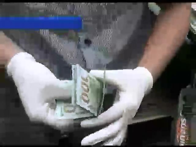 Працiвник вiйськомату у Чернiвцях брав хабар за невiдправлення призовника на схiд (видео)