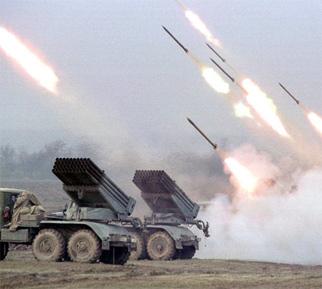 Террористы из градов обстреляли пригород Донецка