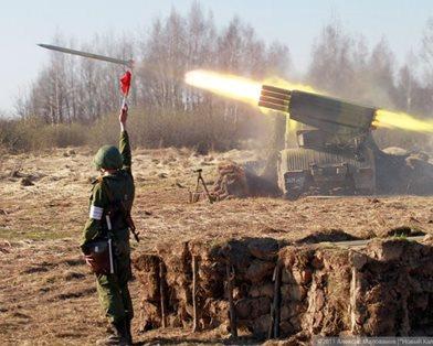 """Россия начала войну? """"Грады"""" из Гуково стреляют по Украине (фото, видео)"""