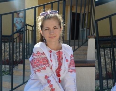 Скандал в Болгарии: детям запретили носить украинскую символику (фото, видео)