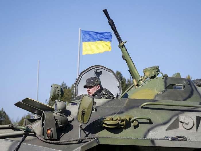 Украинская армия штурмует Первомайск (фото)