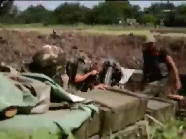 """Батальйон """"Азов"""" у Бердянську затримав групу чеченцiв (видео)"""