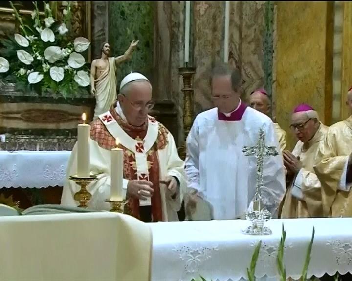 Папа римський закликав припинити насильство в Украiнi (видео)