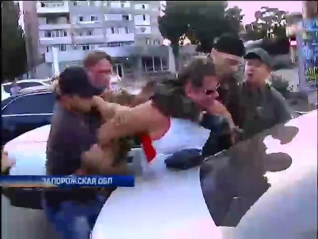СБУ в Бердянске могли обстрелять из-за задержания мэра Стаханова (видео) (видео)