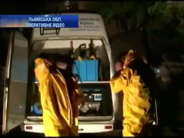 Рятувальники запобiгли виливу отруйноi речовини у Львовi (видео)