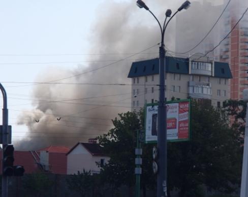 Луганск в огне: погиб ребенок и 4 взрослых, нет еды, воды и света