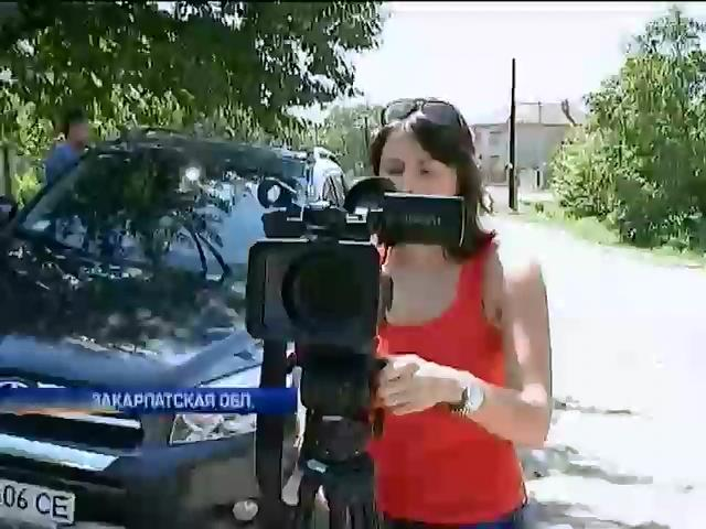 Возле пикета на трассе Киев-Чоп появились журналисты Russia Today (видео) (видео)