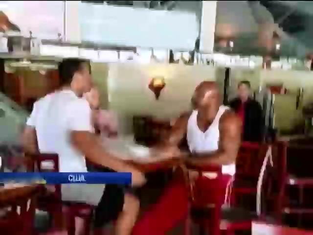 Брiггс намагався спровокувати Володимира Кличка на бiйку в ресторанi (вiдео) (видео)