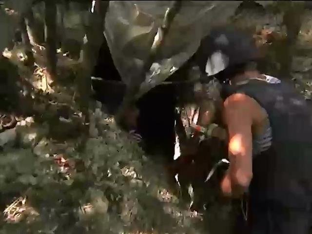 На Донеччинi терористи мiнують життeво важливi об'eкти (вiдео) (видео)