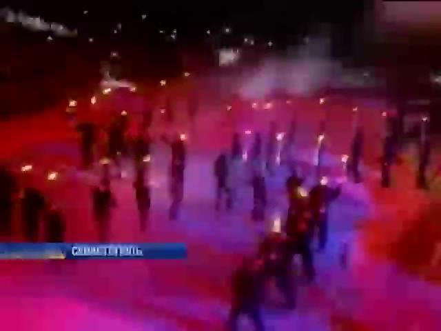 Российские байкеры выстроились в фигуру свастики в прямом эфире (видео)