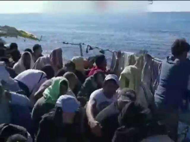 У берегiв Лiвii затонуло судно з нелегалами: 170 загиблих (видео)