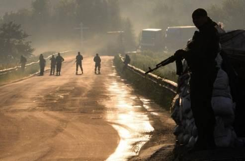 Террористы Донбасса изменили тактику боя и одели украинскую форму
