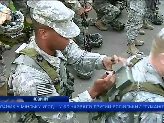 "Вiйськовi Украiни i НАТО вiдпрацюють боротьбу з ""зеленими чоловiчками"": випуск 22:00 (видео)"
