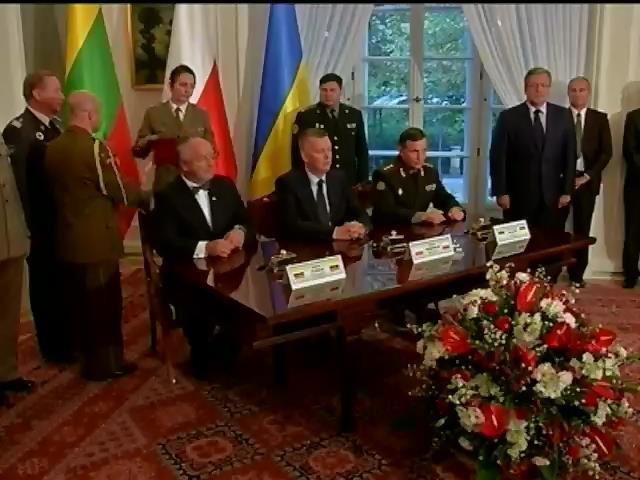 Польща готова продавати зброю Украiнi (видео)