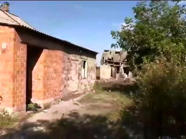 Терористи двiчi за добу штурмували аеропорт Донецька (видео)
