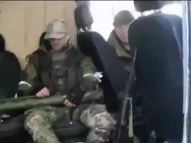 Терористи звозять боєприпаси під Дебальцево