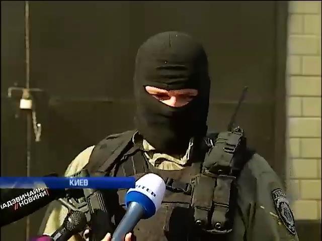 Сотник Майдана: беркутовца Садовника на свободе хотят видеть политики (видео) (видео)