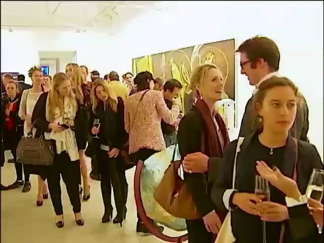 Британцi дивувались золотому батону на виставцi Днiв Украiни у Лондонi (вiдео) (видео)