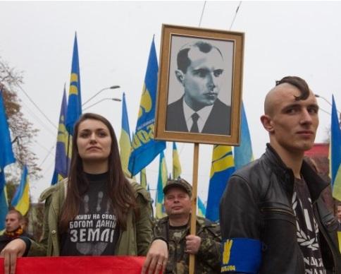 У Львовi провели Марш Слави до 72-i рiчницi УПА (вiдео) (видео)