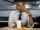 Обама не смог сам расплатиться в ресторане