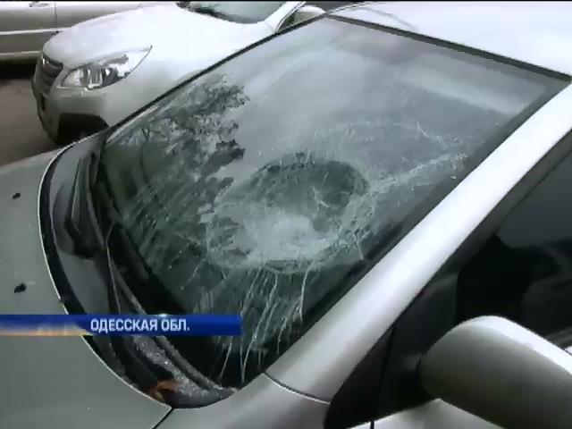 В Одесской области избили представителя кандидата в депутаты (видео)