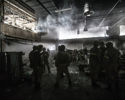 Террористы стягивают силы на север Донецка и обстреливают аэропорт из минометов