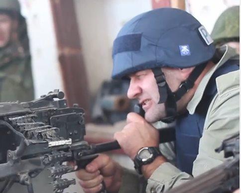 Актер Пореченков стрелял по украинским военным в Донецком аэропорту (фото, видео)