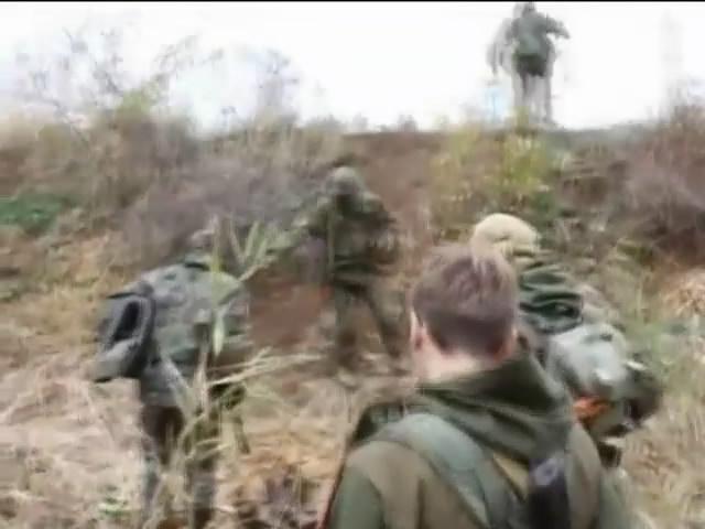 Терористи звозять важку технiку до комбiнату Новий у Докучаeвську: випуск 00:00 (видео)