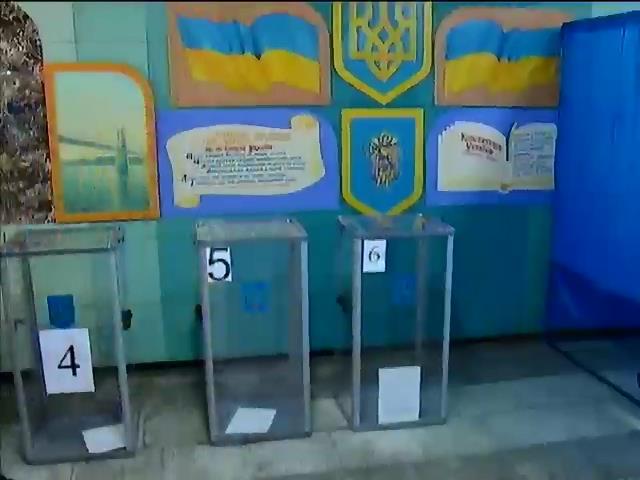 МВД порушило 300 проваджень через порушення на виборах (видео)