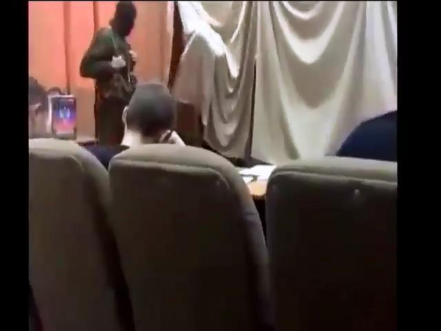 На псевдовиборах на Донбасi голосували вiйськовi Росii (видео)