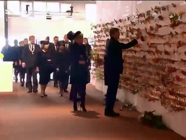 У Нiдерландах згадували жертв катастрофи Боiнга над Украiною (видео)