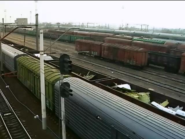 Уламки Боiнга-777 вивезуть iз Украiни до кiнця тижня (видео)