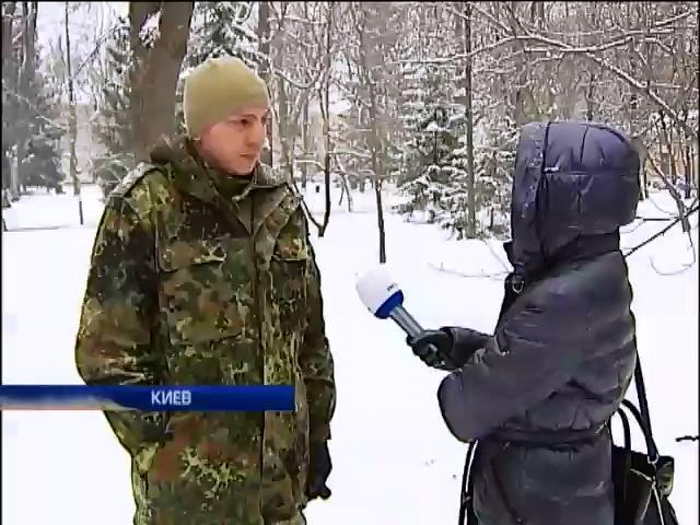 50 военных оставили без денег и обвинили в дезертирстве (видео)