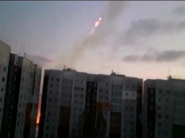 Терористи розмiщують Гради у житлових районах Донецька (видео)