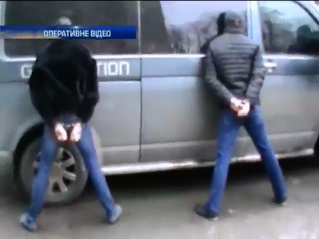 У Киeвi затримали банду квартирникiв (видео)