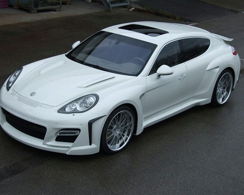 В центре Киева угнали Porsche за 2 миллиона