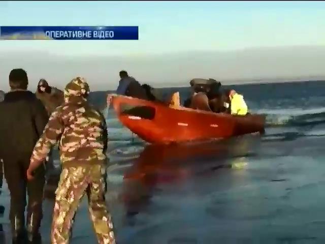 Рятувальники Черкас зняли з льоду 25 рибалок (видео)