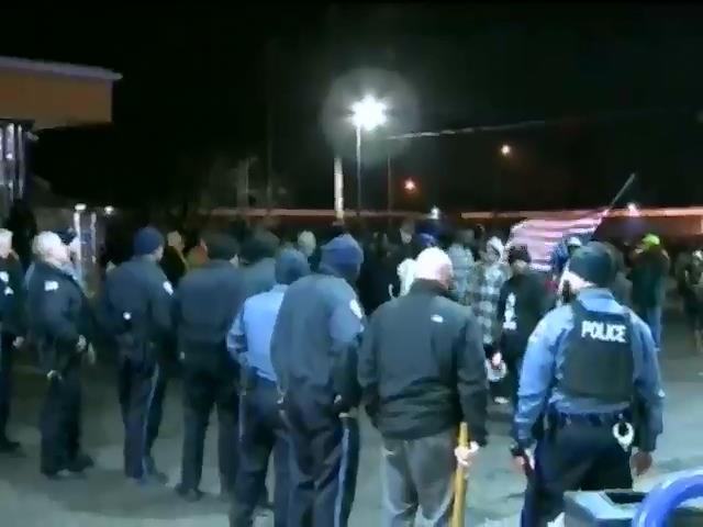 Полицейский в США убил подростка при самообороне (видео)