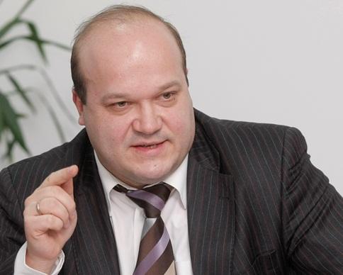 Замглавы АП Чалый подает в отставку из-за урезанной зарплаты