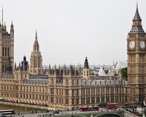 Британцы предложили закрыть парламент на 5-летний ремонт (видео)